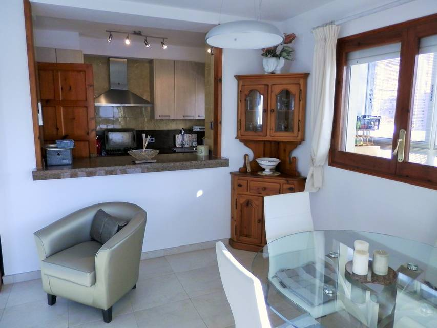 Real estate roses rosas sale Entercasa spain costa brava Spacious and cozy apartment the beach of Santa Margarita buy holidays parking rent