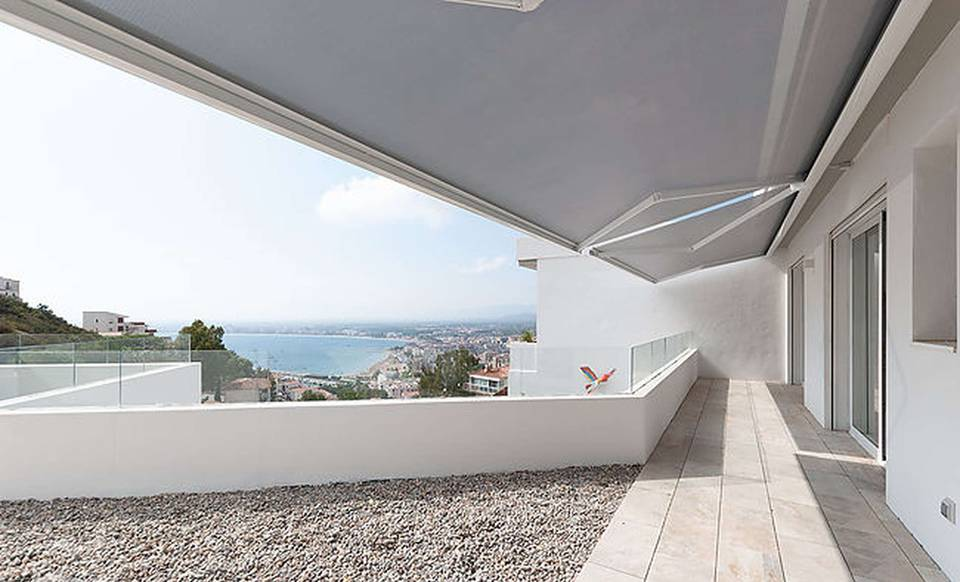 Beautiful new house with wonderful views of the Bay of Roses Rosas for sale Costa Brava Spain Entercasa